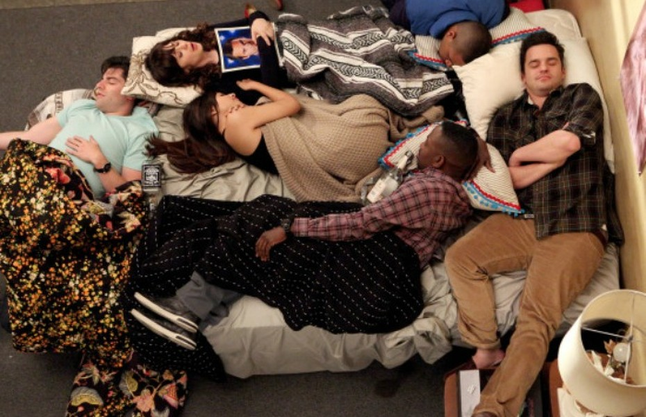 """NEW GIRL:  The gang (L-R:  Max Greenfield, Zooey Deschanel, Hannah Simone, Lamorne Morris, Damon Wayans, Jr. and Jake Johnson) ends a long night of playing the """"True American"""" drinking game in the """"Mars Landing"""" episode of NEW GIRL airing Tuesday, March 25 (9:00-9:30 PM ET/PT) on FOX. ©2014 Fox Broadcasting Co.  Cr:  Adam Taylor/FOX"""